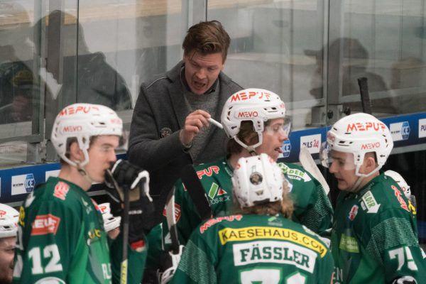 Nach der Heimpleite gegen Ljubljana muss Markus Juurikkala (kleines Bild) sein Team nun auf Asiago einstellen. stiplovsek