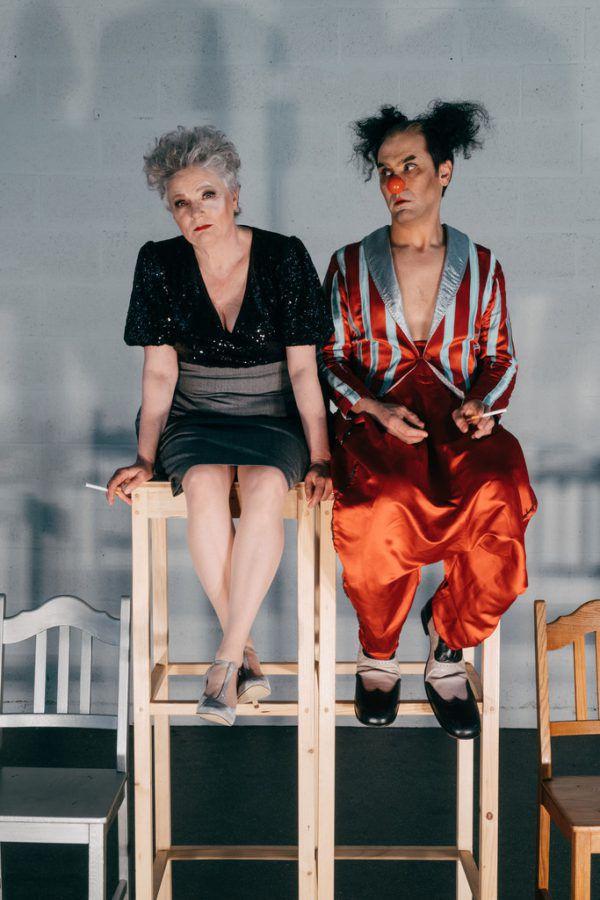 Clowneske Inszenierung unter anderem mit Suat Ünaldi und Helga Pedross (im kleinen Bild).Sarah Mistura (2)