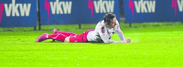 Die Verletztenliste der Dornbirner wird immer länger. Seit dem Derby gehört auch Egzon Shabani dazu. Der Flügelspieler fehlt den Rothosen heute mit Wadenproblemen in Lafnitz.GEPA/Lerch