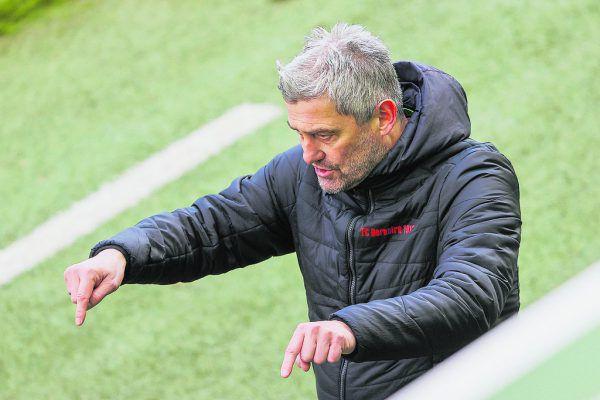 FCD-Coach Markus Mader weiß genau, worauf es heute ankommt. Er verlangt insbesondere gegenüber dem Test gegen Wattens eine klare Steigerung. GEPA