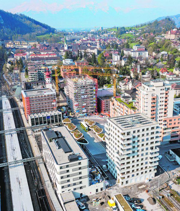 Fünf neue Gebäude, ein zentraler Platz: Die BahnhofCity Feldkirch. Stiplovsek (3)