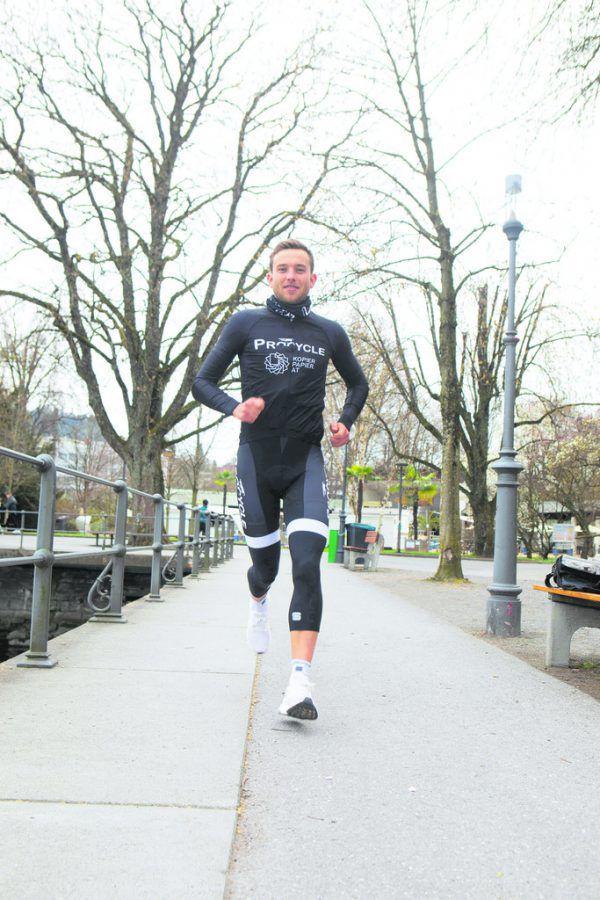 Leon Pauger beim Fotoshooting für die NEUE an der Bodensee-Promenade. Klaus Hartinger (3)