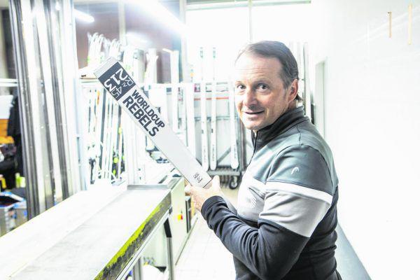 Rainer Salzgeber in der Erfolgsschmiede von Head: der Ski-Rennsportabteilung in Kennelbach.Klaus Hartinger