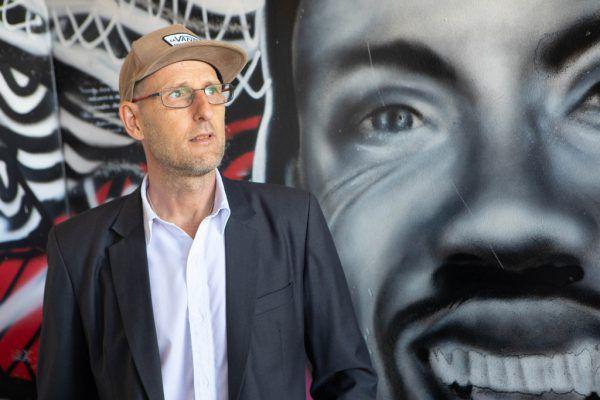 Roman Zöhrer leitet seit 20 Jahren die Offene Jugendarbeit Lustenau – die für Jugend zuständige ÖVP-Gemeinderätin Julia Bickel (unten).Klaus Hartinger, Lukas Hämmerle