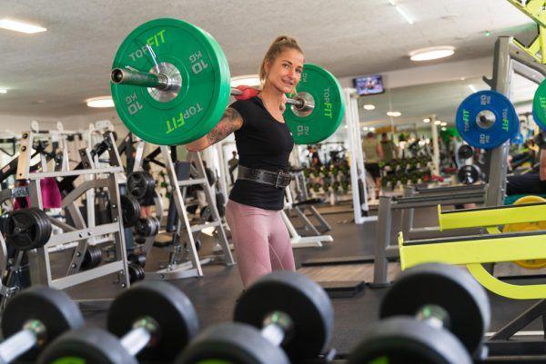 Anna Weinhandl vom Fitnesscenter Top-Fit in Bregenz ist schon total motiviert. STiplovsek (2), Hartinger, Handout/Privat (2)
