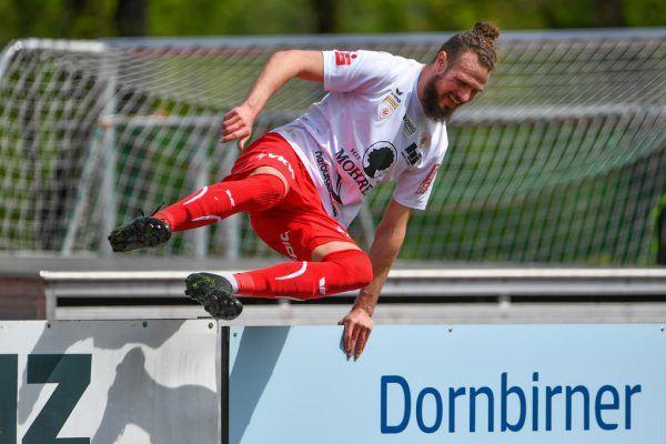 Deniz Mujic bejubelt artistisch sein 1:0 gegen Steyr.GEPA/Lerch