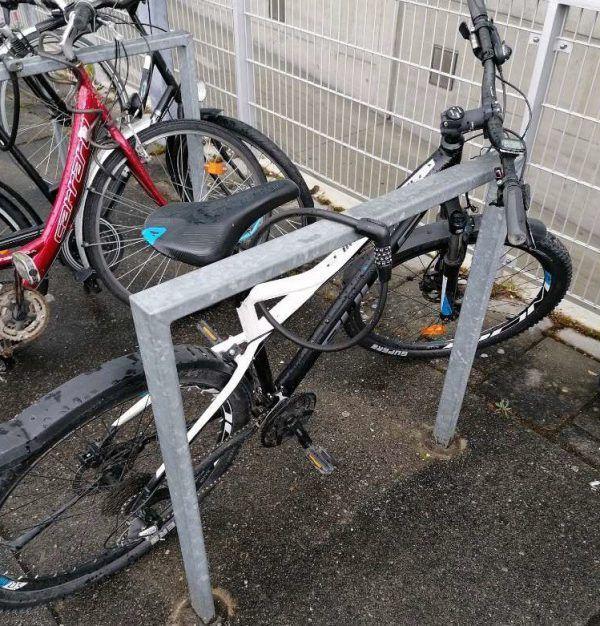 Der Besitzer dieses Fahrrades wird gesucht.Polizei