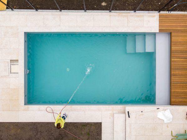 Der Pool dient bei vielen als Wertanlage, aber auch als Ersatz für die Fernreise.Klaus Hartinger
