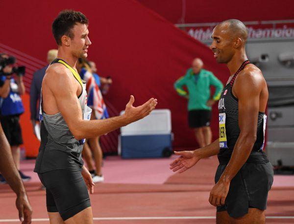 Die beiden Topstars Niklas Kaul (l.) und Damian Warner beim Handshake.reuters