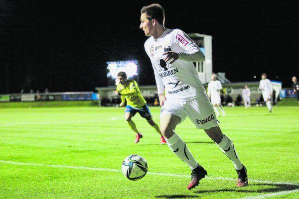 Florian Prirsch hat den Blick nach vorne gerichtet und hat so wie Felix Gurschler seinen Vertrag bei den Rothosen verlängert.GEPA