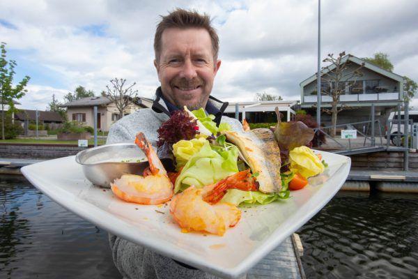 Jeden Tag wird frisch gekocht, je nachdem, was den Fischern vielerorts ins Netz gegangen ist.Klaus Hartinger