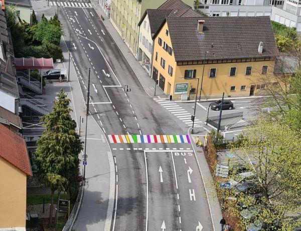 So stellen sich die Neos den Schutzweg am Schlossgraben in Feldkirch vor.NEOS