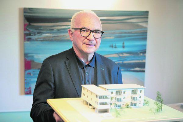 Ambros Hiller ist seit über 30 Jahren in der Immobilienbranche tätig.Klaus Hartinger