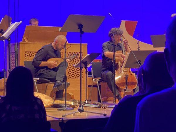 Beim CSM-Konzert in der Kulturbühne Ambach. Lilli Löbl