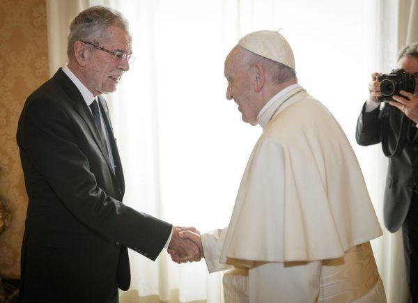 Der erste Papst-Besuch von Bundespräsident Alexander Van der Bellen fand im November 2017 statt. APA