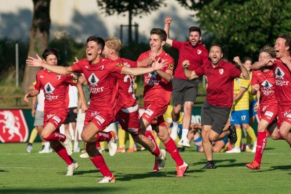 Die Spieler des FC Egg bejubeln den Einzug ins Finale des VFV-Cups. stiplovsek