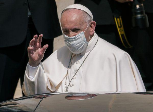 Franziskus warnt vor eiligem Gewinnstreben, Absonderung, Nationalismus und blindem Konsum bei Weg aus Pandemie. AP