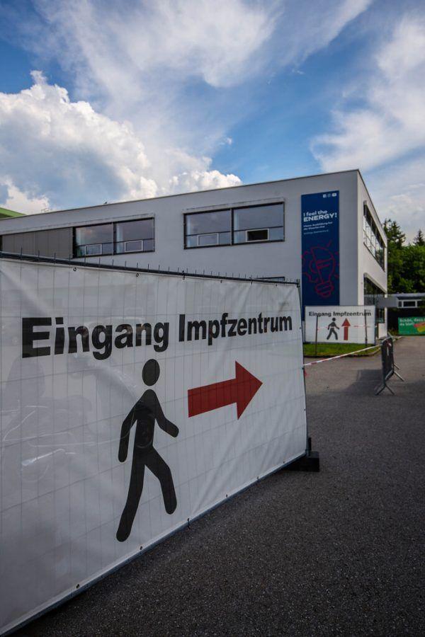 """Impfzentrum in Bregenz bleibt als """"Backup"""" bestehen. Im Herbst wird der Betrieb der Zentren für die Auffrischungen wieder hochgefahren.Klaus Hartinger"""