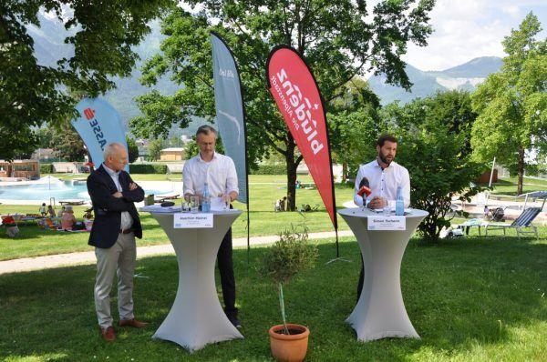 Kämmerer Markus Visintainer, Stadtrat Joachim Heinzl und Bürgermeister Simon Tschann (v.l.) präsentierten den Rechnungsabschluss.Stefan Kirisits