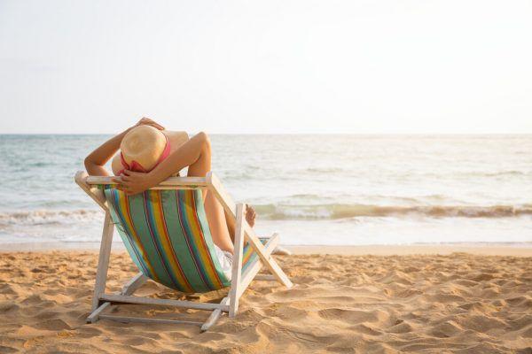 Soll es eine gesetzliche sechste Urlaubswoche geben?Shutterstock