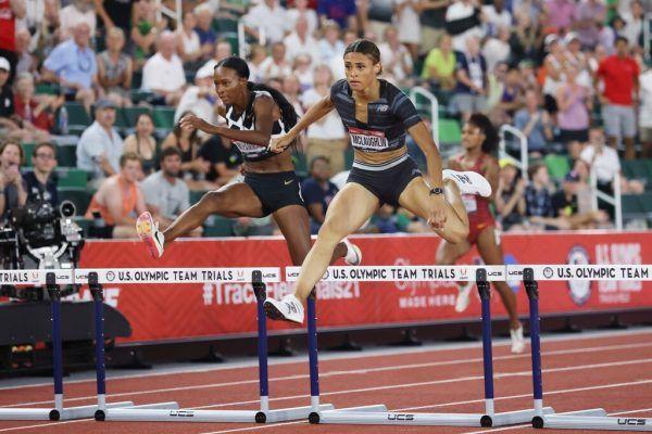 Sydney McLaughlin (r.) sorgte über 400 Meter Hürden für eine neue Bestmarke.apa