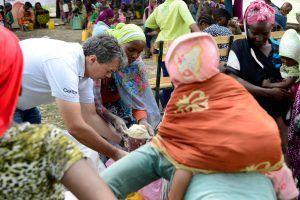 Glockenläuten gegen den Hunger in der Welt