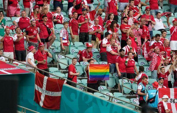 Dänische Fans in Baku. Pool/AFP