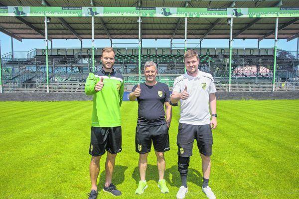 Daumen hoch bei Matthias Maak, Markus Mader und Alexander Schneider. Die Zuversicht ist groß bei der Austria. Steurer