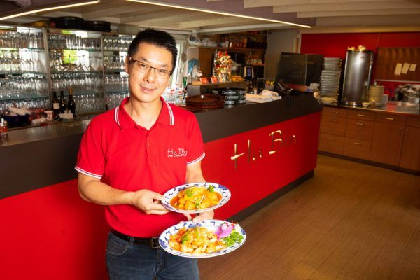 Der Chefkoch im Hu Bin hat in China seinen Beruf erlernt.HARTINGER