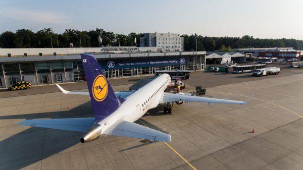 Der Flughafen Friedrichshafen.Flughafen Friedrichshafen