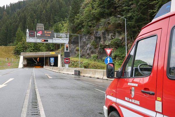 Der Tunnel wird gesperrt.Hofmeister