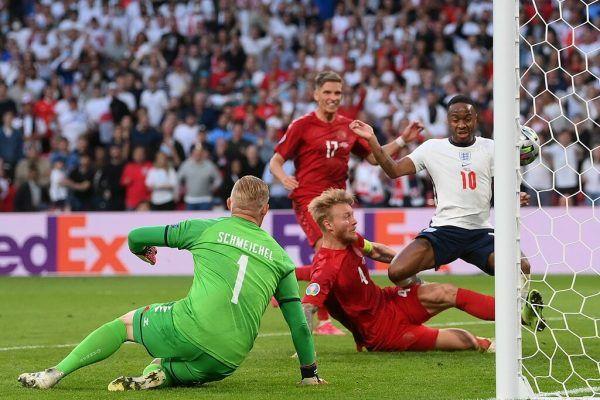 Die Engländer drehten eine Rückstand in der Verlängerung um. Harry Kane war der Goldtorschütze.apa,, reuters