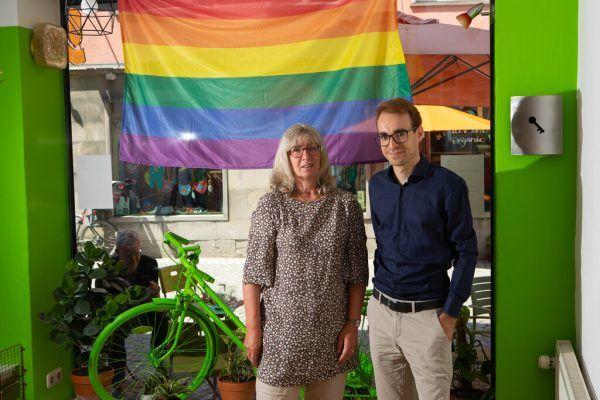 Grünen-Urgestein Marlene Thalhammer übergab die Stadtratsfunktion an ihren jungen Fraktionskollegen Clemens Rauch.Hartinger