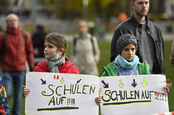 Im Vorjahr wurde auch in Österreich für Kinderrechte demonstriert. apa