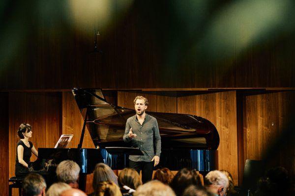Julian Prégardien mit Tamar Halperin.Bregenzer Festspiele/Anja Köhler (2)