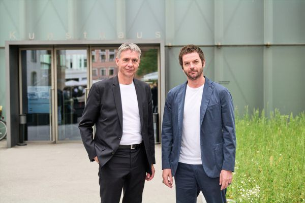 KUB-Direktor Thomas D. Trummer (l.) mit dem Künstler Anri Sala.Kunsthaus Bregenz (7)