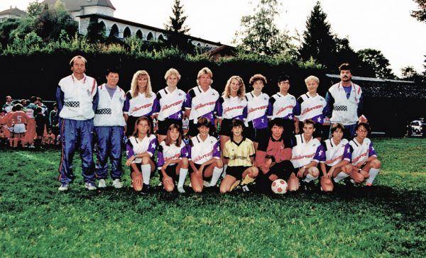 Links: Rankweils Team dominierte die ersten Jahre die Vorarlberger Frauen-Meisterschaft.