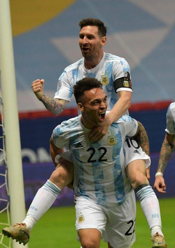 Lionel Messi (oben) legte mustergültig für Lautaro Martinez vor. apa