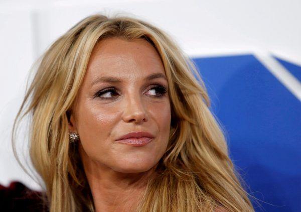 Madonna (kl. Foto) unterstützt Britney Spears.DPA
