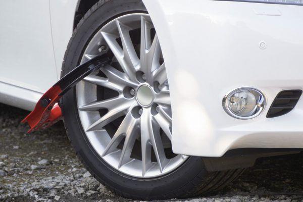 Mängel gab es hauptsächlich bei Reifen, Fahrwerk und Felgen.Symbolbild/Shutterstock