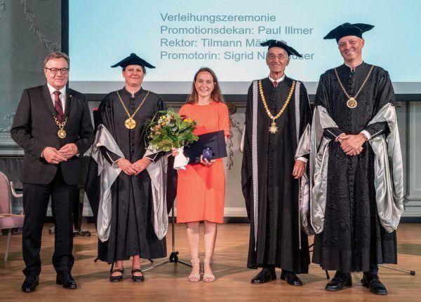 Nadine Präg bei ihrer Promotion in Innsbruck.Universität Innsbruck
