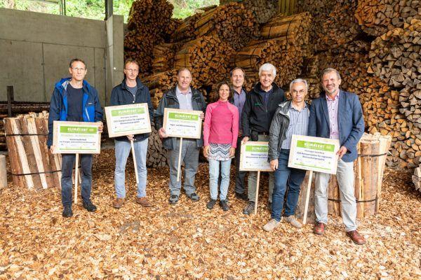 Vertreter von sieben Organisationen der Steuerungsgruppe von Klimacent. Jürgen Gorbach/AK