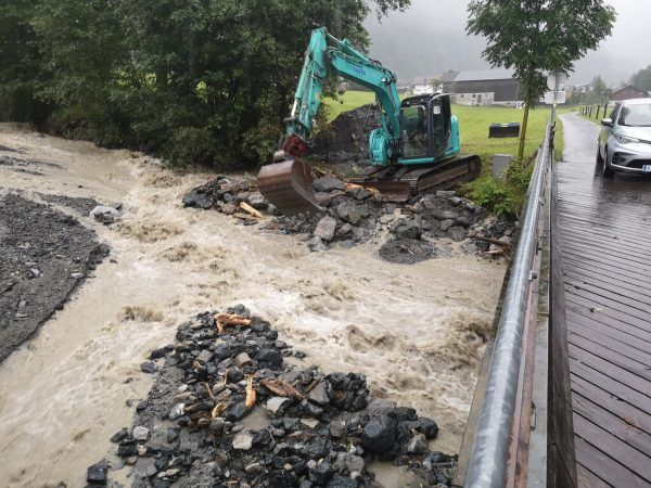 Am Balbierbach im Montafon kam es Anfang der Woche zu Vermurungen.Gemeinde St. gallenkirch (2)