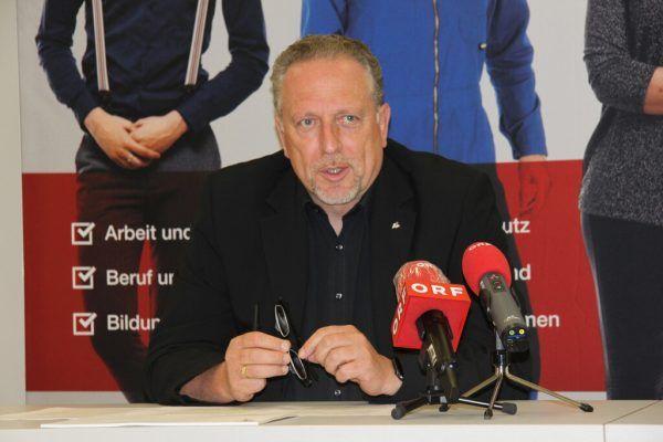 Arbeiterkammer-Präsident Hubert Hämmerle forderte den Bund auf, einen Masterplan zu erstellen. vol.at/Mayer