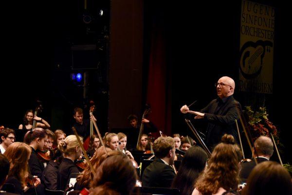 Das Jugendsinfonieorchester Dornbirn. Caroline Begle