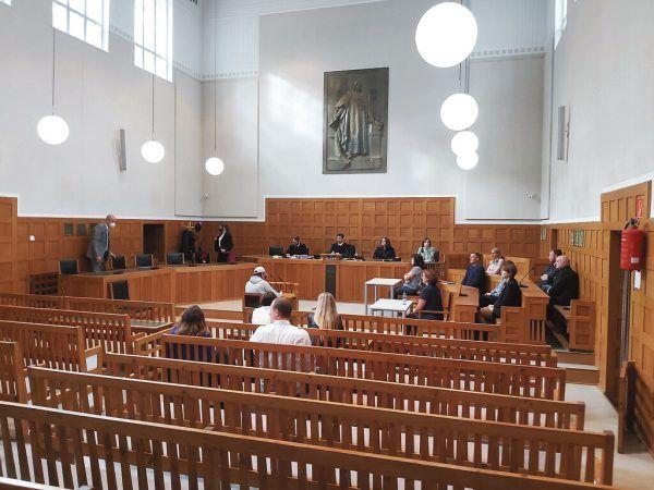 Der Angeklagte zeigte sich vor Gericht geständig.Neue