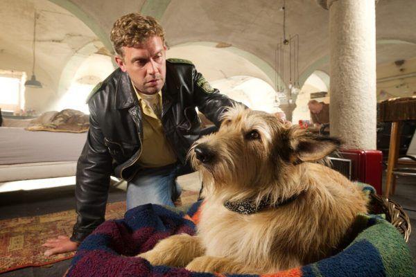 Nicht nur Hund Ludwig macht Franz Sorgen. Constantin Film Verleih