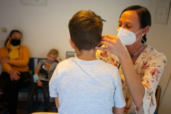 Nicole Häle, die einzige Kassenärztin für Kinder in Feldkirch, gibt Ende des Jahres wegen Überlastung ihren Vertrag auf.Hartinger