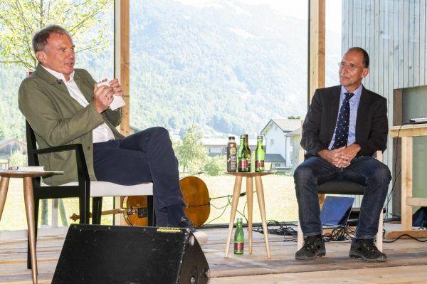 Am Schlusstag des diesjährigen FAQ Bregenzerwald waren der Journalist Armin Wolf (l.) und der Politikwissenschaftler Peter Filzmaier zu Gast.Daniel Furxer