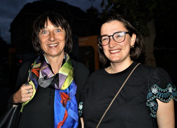 Festspielintendantin Elisabeth Sobotka (l.) mit Valerie Berger.